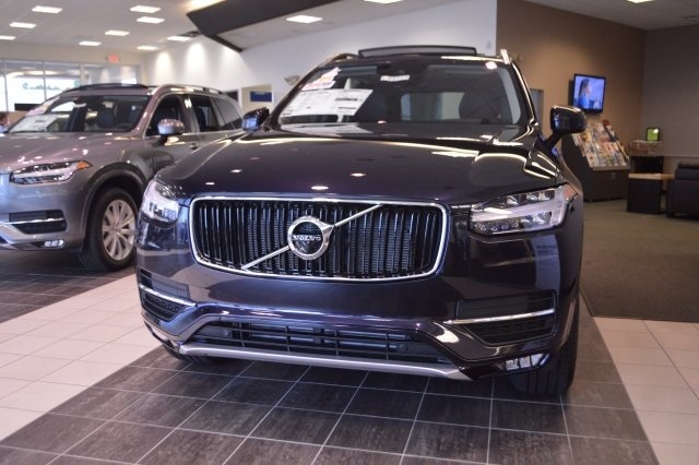New 2017 Volvo Xc90 T5 Momentum 4d Sport Utility In Myrtle Beach V9637 Beach Automotive Group